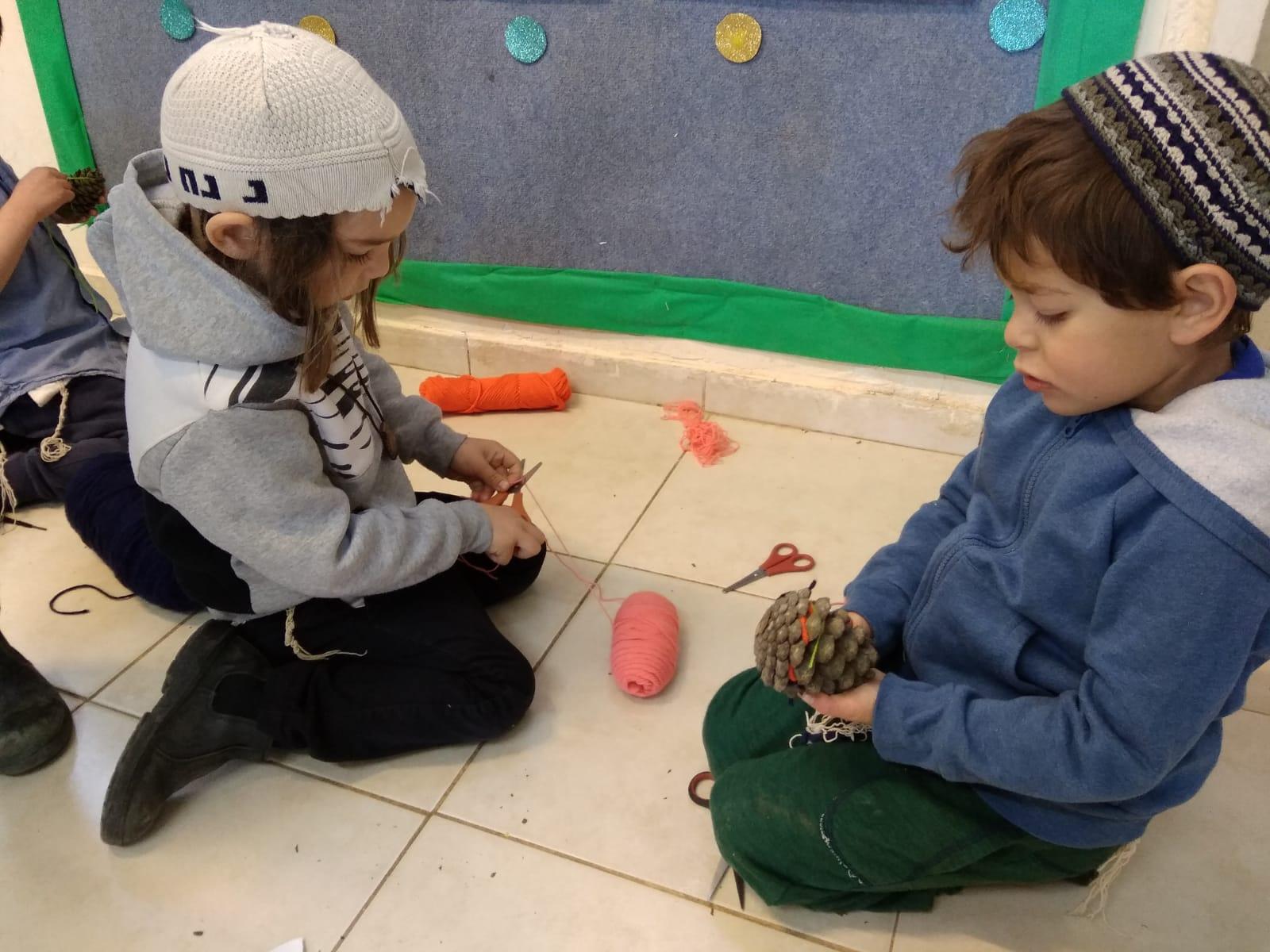 משחקים עם איצטרובלים